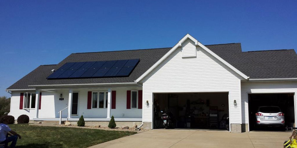 3.5kW residential solar panel installation in Walford, IA